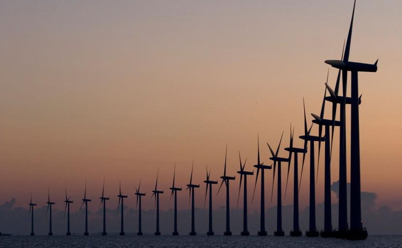 Danemarca a reușit să producă 140% din nevoia sa de energie, cu ajutorul eolienelor