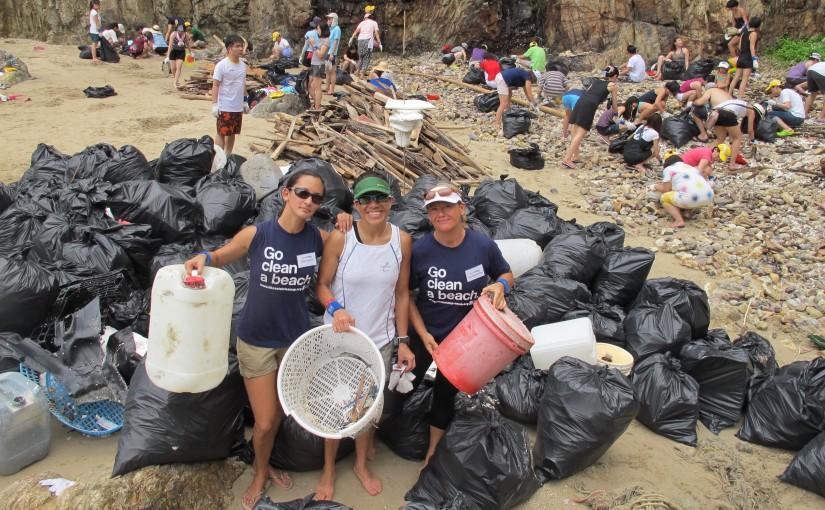 """Mișcarea """"Let's Do It! World!"""" a implicat anul trecut peste 3.4 milioane de voluntari care au curățat deșeuri în întreaga lume"""