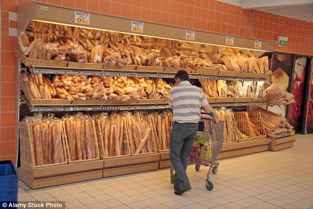 Franta interzice aruncarea alimentelor