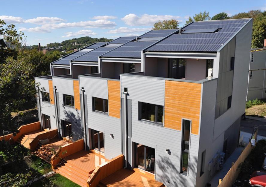 Roxbury-E-townhouses-by-Interface-Studio-Architects-889x626